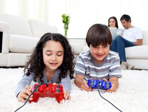 Videogiochi, al via campagna Adiconsum-Aesvi per genitori e figli